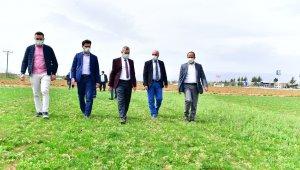 Yeşilyurt Belediyesi, tarımsal üretime hız verdi