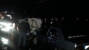 Zonguldak'ta iki araç kafa kafaya çarpıştı: 4 yaralı