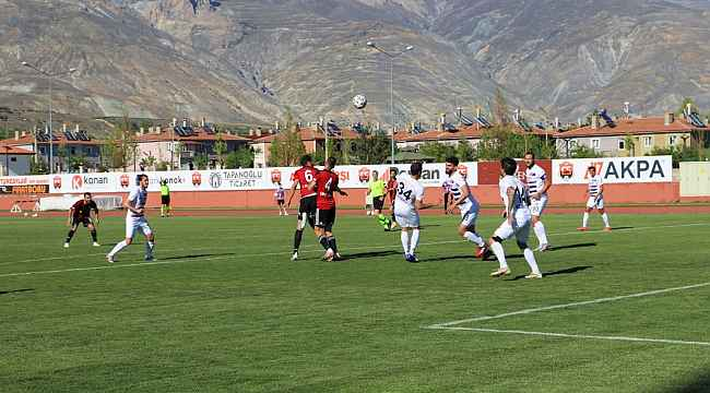 24Erzincanspor Play-Off ilk mücadelesinde Hekimoğlu Trabzon FK'yı 2-0 yendi