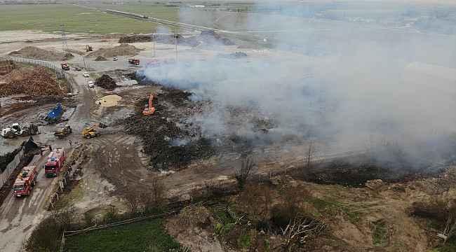 80 bin metrekarelik alandaki hammaddelerin yandığı alan havadan görüntülendi