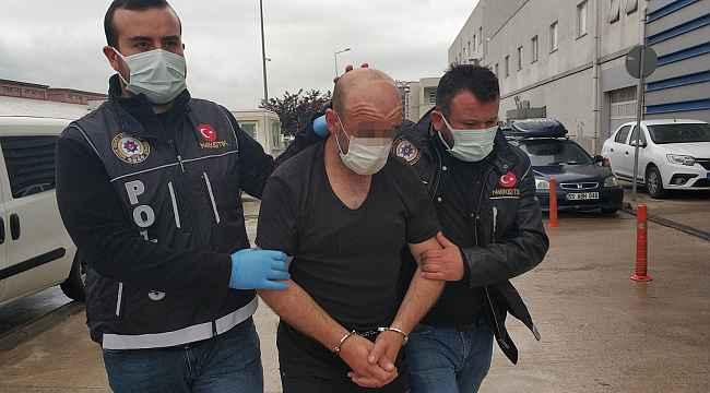 Araç içinde zulalanmış uyuşturucuyla yakalandı