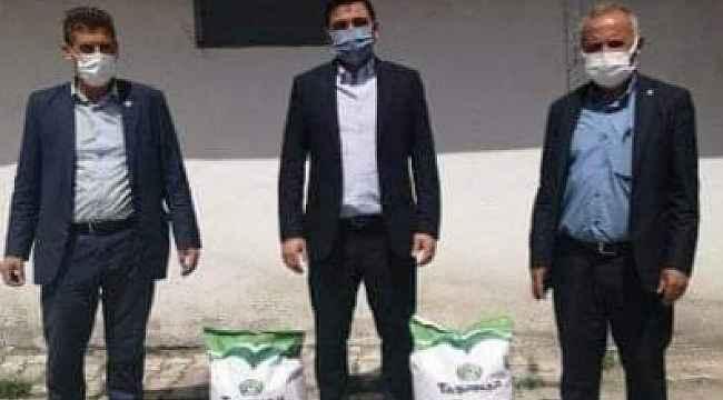Aslanapa'da 3 köye kuru fasulye tohumu dağıtıldı