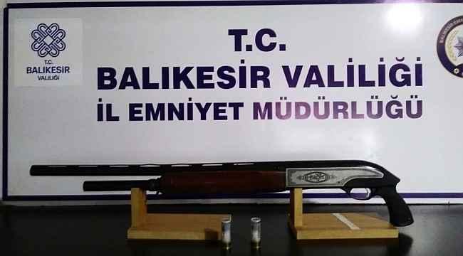 Balıkesir'de polis aranan 32 şahsı gözaltına aldı