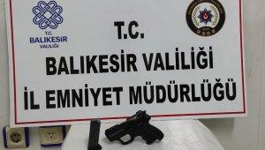 Balıkesir'de polisten 4 zanlıya gözaltı