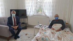 Başkan Biçer'den gazeteci Yenen'e geçmiş olsun ziyareti