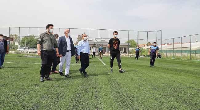 Başkan Gültak, yenilenen Kazanlı Çok Amaçlı Spor Tesisinde incelemelerde bulundu