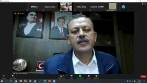 BEÜ Rektörü Elmastaş, online söyleşide öğrencilerle buluştu