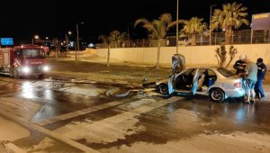 Bodrum'da otomobil bir anda alev topuna döndü