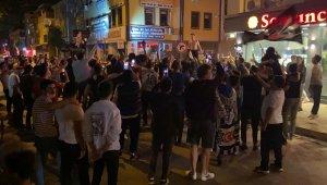 Bursa'da kısıtlamaya rağmen şampiyonluk kutlaması - Bursa Haberleri