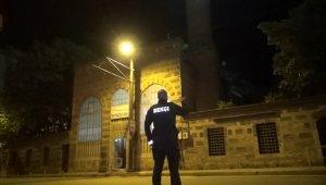 Bursa'da tarihi camide hırsızlık alarmı - Bursa Haberleri