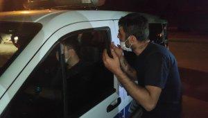 Denetimden kaçan alkollü sürücü polisi çileden çıkardı
