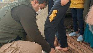 Diyadin Kaymakamı Alper Balcı 600 çocuğa bayramlık dağıttı