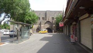 Diyarbakır'da tam kapanmanın 5'inci gününde de sessizlik sürüyor