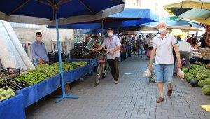 Efeler'de semt pazarlarının günleri değişti