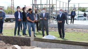 Erciş'te spor tesislerinin yapımı devam ediyor