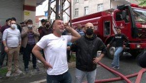 Esenyurt'ta evlerinin yanışını gözyaşları içinde izlediler