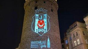Galata Kulesi'ne Beşiktaş arması yansıtıldı
