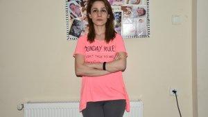 Genç kadının patronu tarafından kızlarının gözleri önünde darp edildiği iddiası