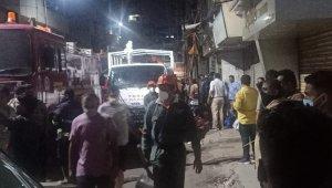 Hindistan'da bina çöktü: En az 7 ölü