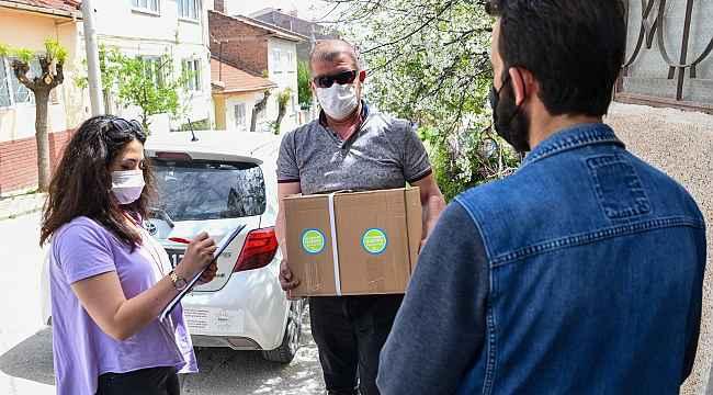 İhtiyaç sahiplerine yardım devam ediyor