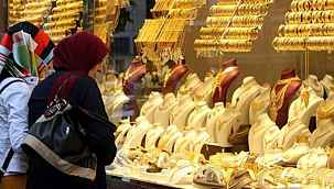 """İslam Memiş'ten, altın heyecanlandıran altın yorumu: """"Bu yaz 600 lira seviyeleri görülebilir"""""""