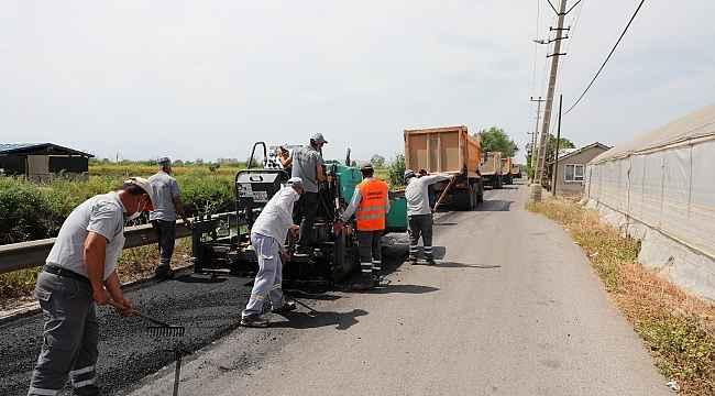 Kanal Sokak yolu yenileniyor