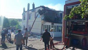 Karaman'da bir evde çıkan yangın maddi hasara yol açtı