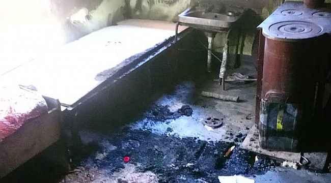 Kastamonu'da sobadan çıkan yangında 2 kişi yaralandı