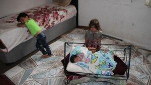 Kayınpederinin sokağa attığı gelin ve çocuklarına Malazgirt halkı yardım eli uzattı
