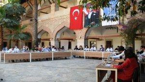 Kuşadası Belediyesi Meclisi'nden Filisitin halkı ile dayanışma