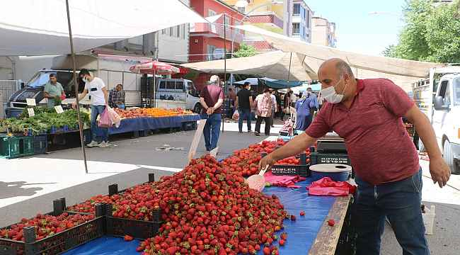 Malatya'da semt pazarı kuruldu