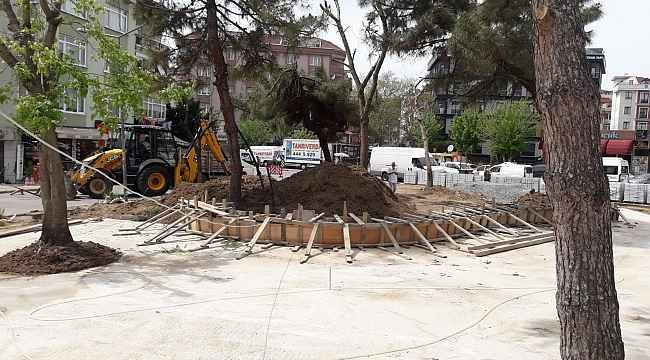 Maltepe Belediyesi Atatürk Parkı'nı yeşillendiriyor