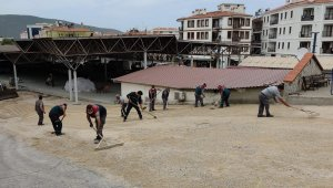 Menteşe pazaryeri zemin yenilemeleri sürüyor