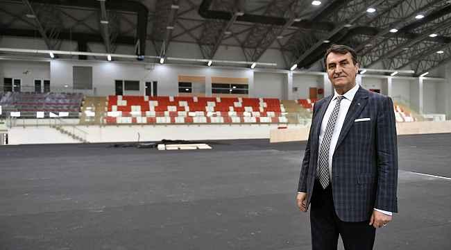 Osmangazi atletizm salonu açılış için gün sayıyor