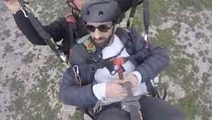 """Paraşütçünün son görüntülerini çeken kişi, """"Rüzgarın onu savurduğunu gördük"""" - Bursa Haberleri"""
