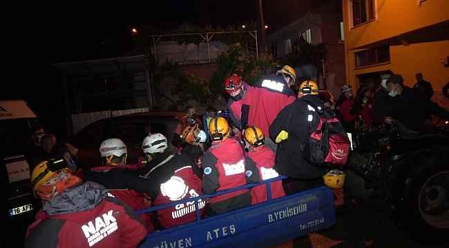 Paraşütle atlayan ve 5 saattir haber alınamayan kişiyi arama çalışmaları sürüyor - Bursa Haberleri