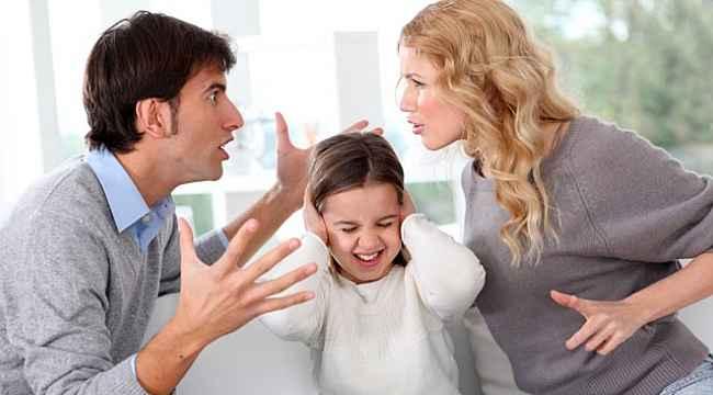"""""""Boşanma süreci her yaş grubu çocuğu farklı etkiliyor"""""""
