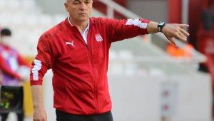 Rıza Çalımbay Beşiktaş'ı tebrik etti