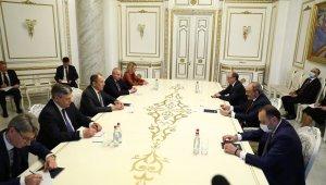 Rusya Dışişleri Bakanı Lavrov ile Ermenistan Başbakanı Paşinyan bir araya geldi