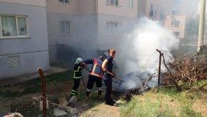Siirt'te odunlukta çıkan yangın itfaiye ekiplerince söndürüldü