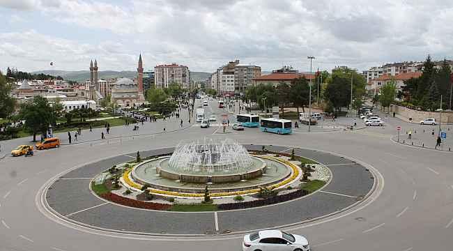Sivas'ta genç nüfus azalıyor