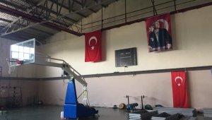 Spor salonunun onarım ve restorasyonu başladı
