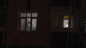 Sultanbeyli'de korku dolu anlara özel harekat baskını: İntihardan vazgeçip ailesini rehin aldı