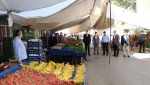 Sultanbeyli'de tam kapanma sürecinde açılan tüm semt pazarları denetleniyor
