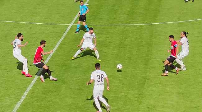 TFF 2. Lig Kırmızı Grup Play-Off Çeyrek Final: Vanspor FK: 0 - Sakaryaspor: 2