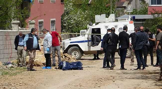 Van'da şüpheli ölüm: Sokakta yakılmış ceset bulundu