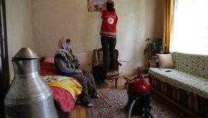 Vefa ekibi Gazel ninenin evini baştan sona temizledi