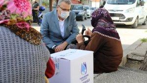 Yunusemre Belediyesi Ramazan'da da vatandaşın yanında oldu