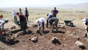 'Malazgirt Savaşı Alanının Tespiti, Tarihi ve Arkeolojik Yüzey Araştırma' projesine büyük ilgi