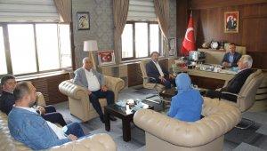 AK Parti Ağrı Merkez İlçe Başkanı Yıldız'dan Milli Eğitim Müdürü Tekin'e ziyaret